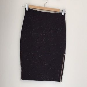 🍁2 for $50🍁Aritzia Wilfred pencil skirt w/zips